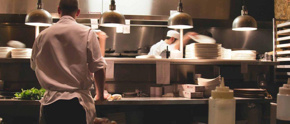 À l'aube du déconfinement perdure toujours la pénurie de main d'œuvre au Québec dans le secteur de la restauration